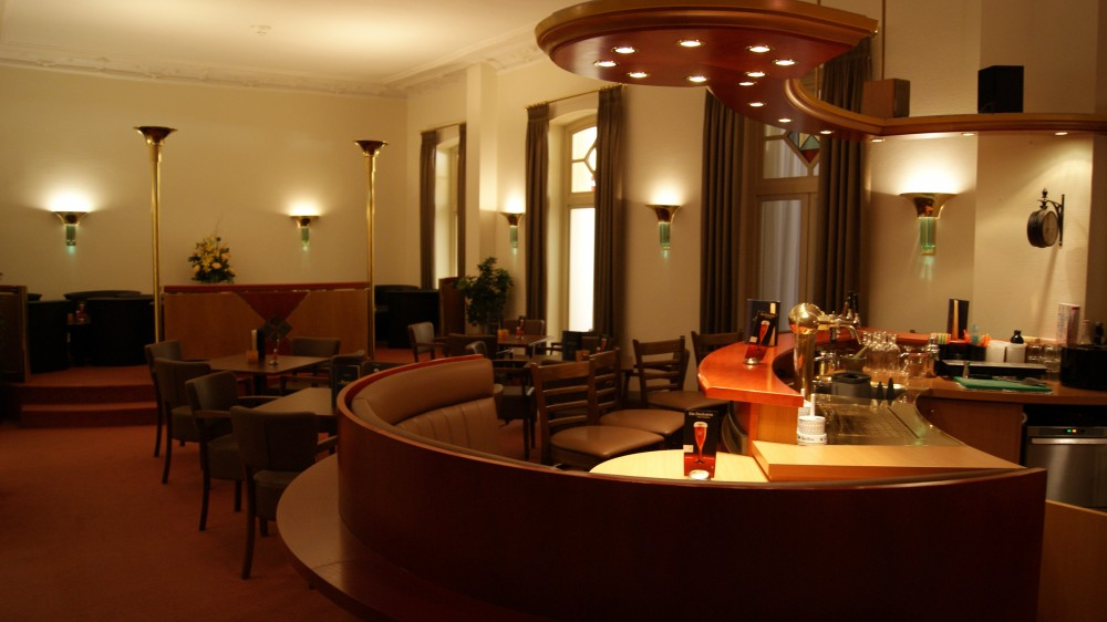 restaurant ammerland im hotel seeschl sschen dreibergen in bad zwischenahn. Black Bedroom Furniture Sets. Home Design Ideas