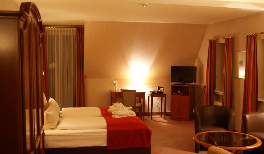 Restaurant Ammerland Im Hotel Seeschl 246 Sschen Dreibergen In