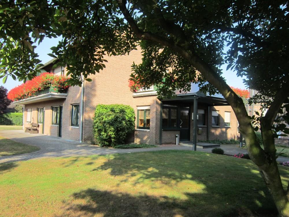 Hotel-Restaurant Zur Kapelle an der Heide Haus Hildegard Garni in ...