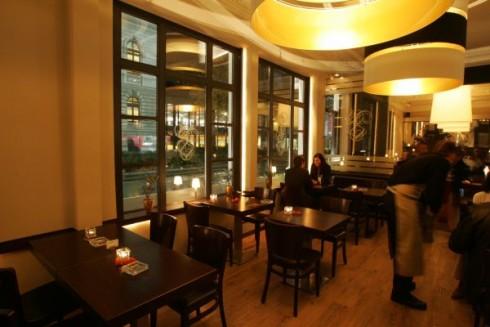 restaurant bestial in oldenburg oldenburg. Black Bedroom Furniture Sets. Home Design Ideas