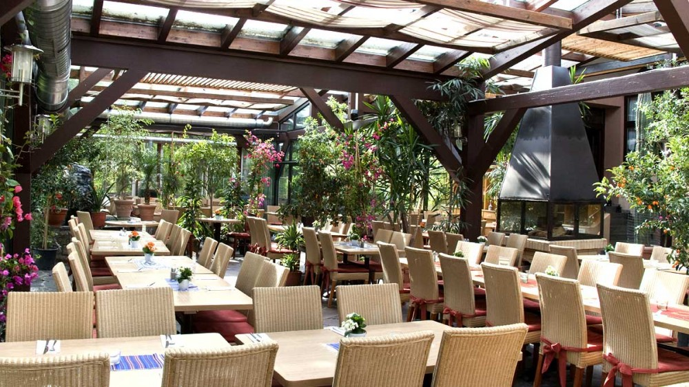 restaurant hubland in w rzburg. Black Bedroom Furniture Sets. Home Design Ideas