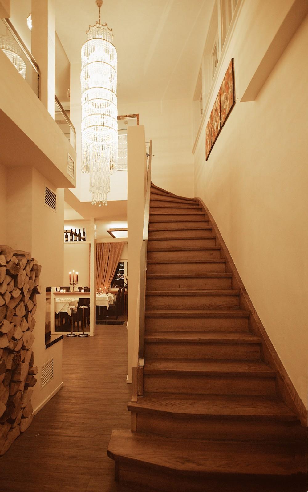 Wohnzimmer Stuttgart Speisekarte Due Stanze E Cucina In