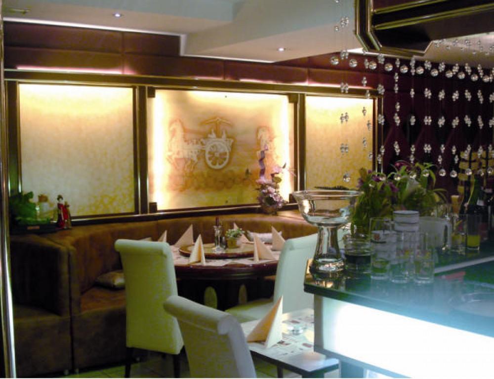 restaurant dynasty in landshut. Black Bedroom Furniture Sets. Home Design Ideas
