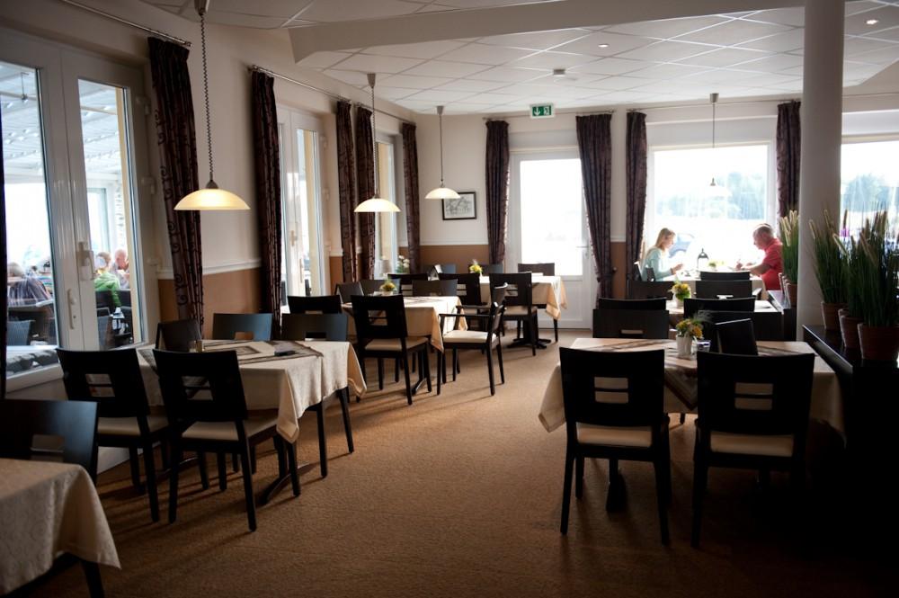 Restaurant Zur Dune Naturstrandkuche In Gromitz Lernsterstrand