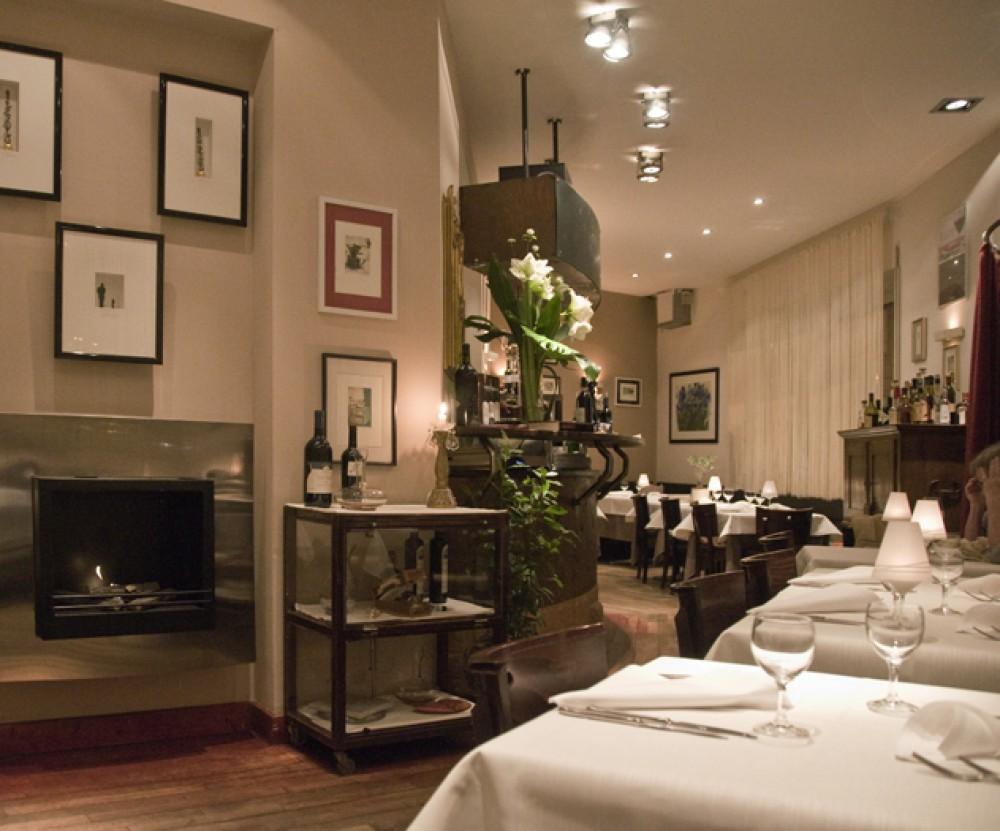 restaurant reuters in frankfurt am main. Black Bedroom Furniture Sets. Home Design Ideas