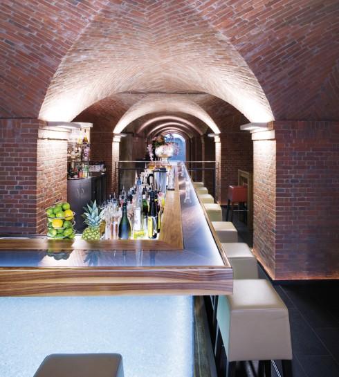 restaurant m venpick hotel hamburg in hamburg. Black Bedroom Furniture Sets. Home Design Ideas