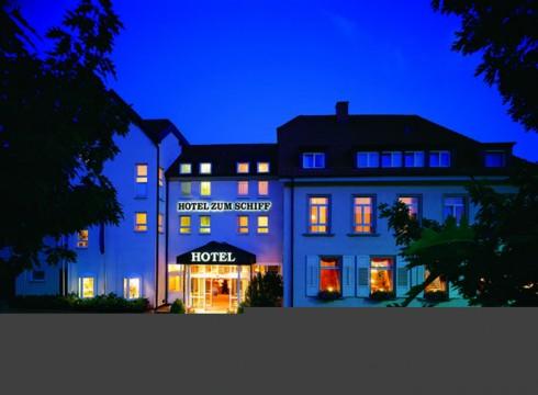 restaurant hotel zum schiff in freiburg st georgen. Black Bedroom Furniture Sets. Home Design Ideas