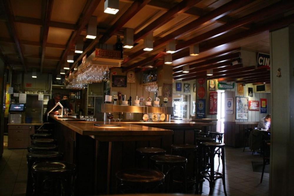 restaurant gastst tte alexander in hannover. Black Bedroom Furniture Sets. Home Design Ideas