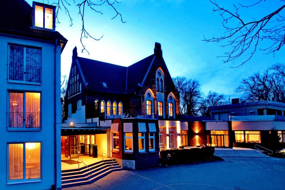 Restaurant Parkhotel Bergh U00f6lzchen In Hildesheim