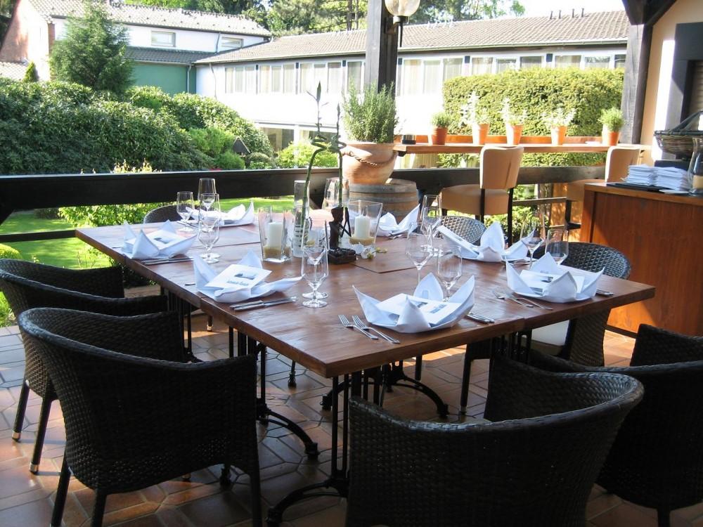 Outdoor Küche Düsseldorf : Restaurant hotel haus litzbrück in düsseldorf