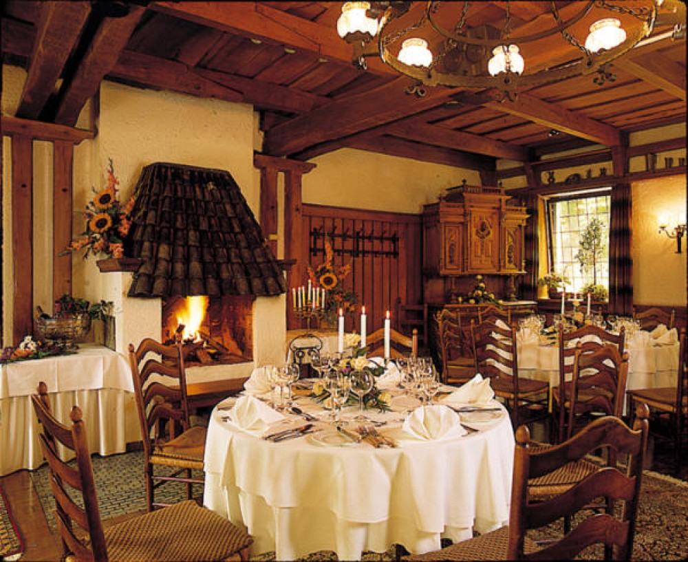 walkm hlen restaurant in m lheim an der ruhr. Black Bedroom Furniture Sets. Home Design Ideas