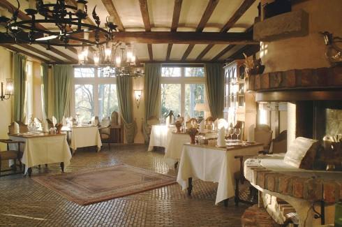 restaurant romantikhotel hof zur linde in m nster. Black Bedroom Furniture Sets. Home Design Ideas