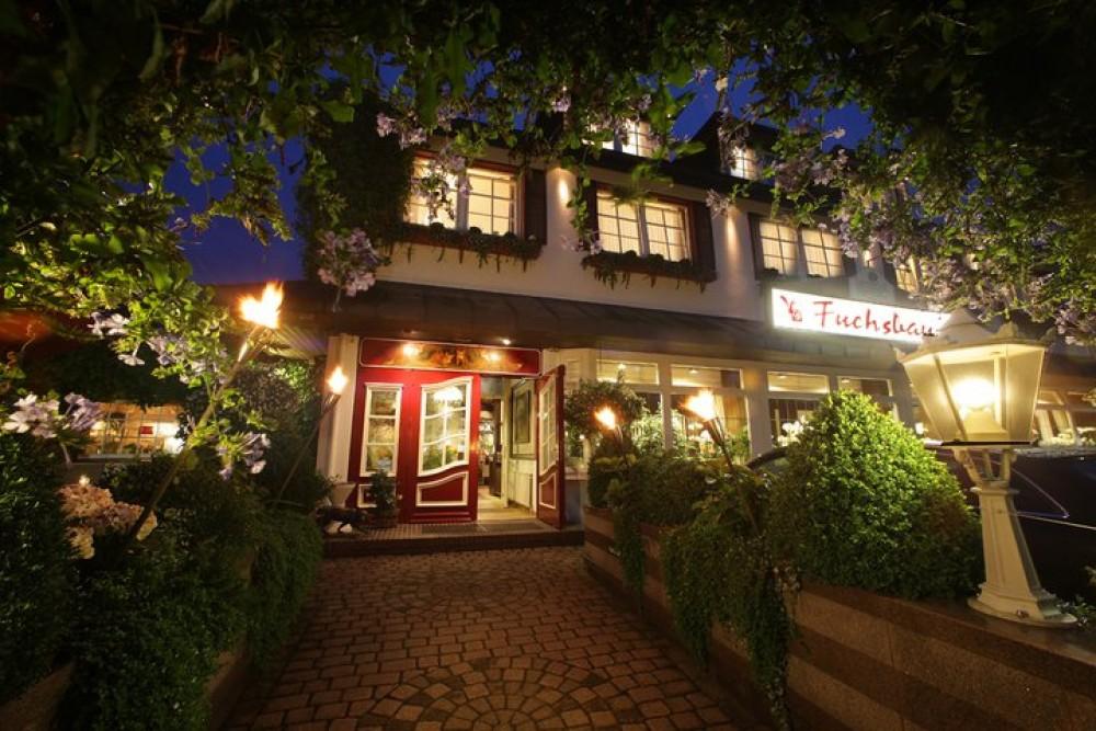 Romantik hotel restaurant fuchsbau in timmendorfer strand for Romantik hotel