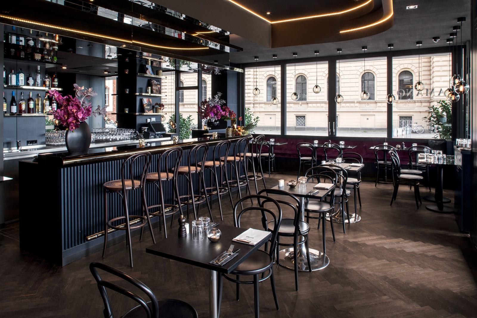 restaurant bistro in berlin. Black Bedroom Furniture Sets. Home Design Ideas