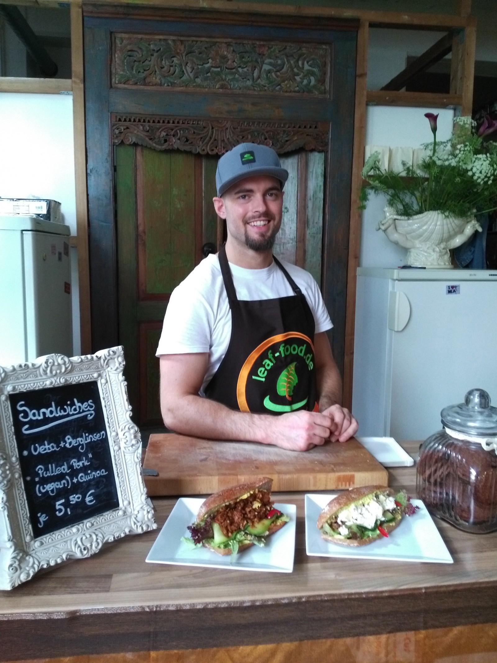 restaurant leaf food in mannheim baden w rttemberg. Black Bedroom Furniture Sets. Home Design Ideas