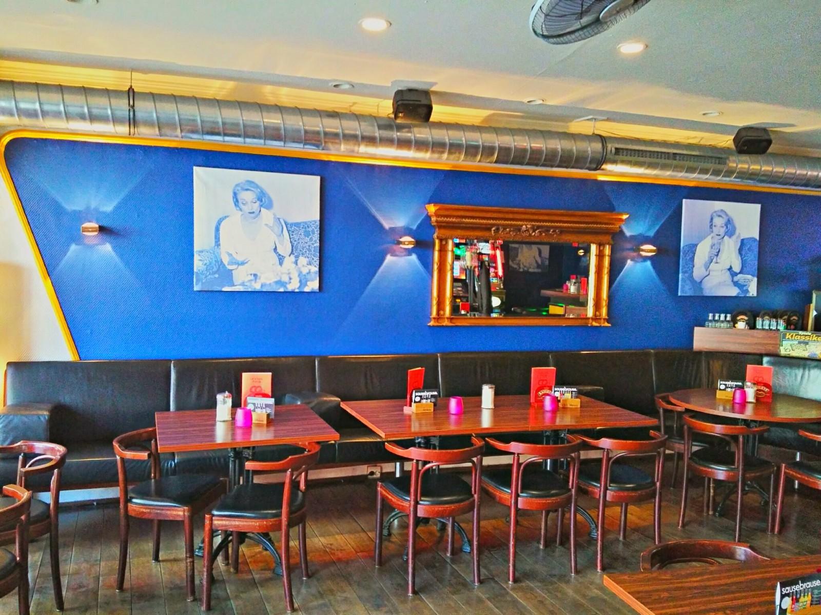 restaurant cafe bar cartoon in n rnberg. Black Bedroom Furniture Sets. Home Design Ideas