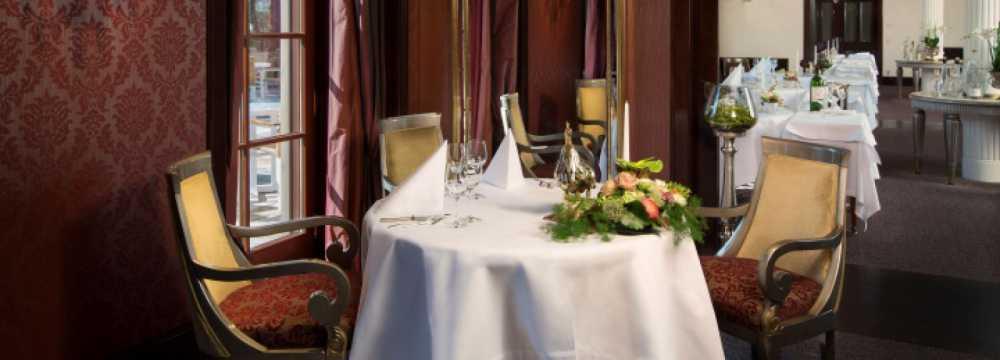 Restaurants in Zweiflingen-Friedrichsruhe: Restaurant Le Cerf  im Wald &-Schlosshotel Friedrichsruhe